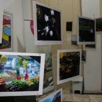 'Olhares Curiosos' reúne diversas perspectivas da cidade de Manaus no Casarão de Ideias