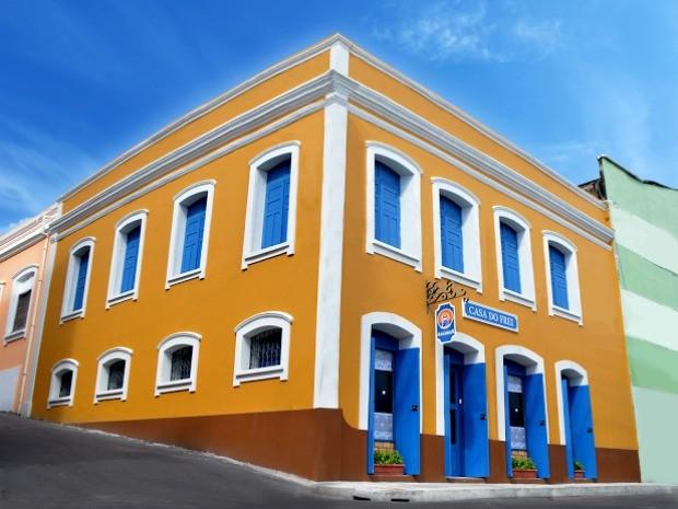 Novo espaço oferece cursos gratuitos teatro, artesanato e gastronomia em Manaus