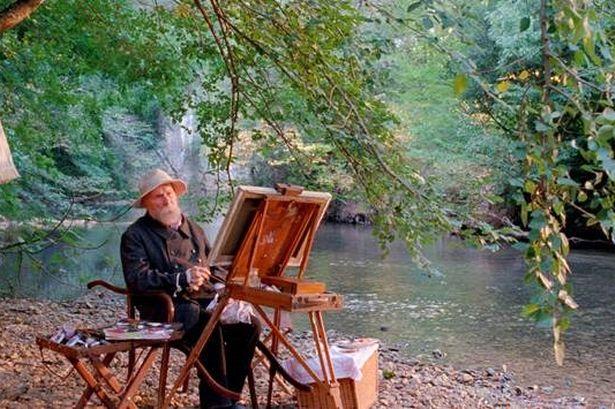 Pierre-Auguste Renoir foi um pintor francês impressionista. Desde o princípio sua obra foi influenciada pelo sensualismo e pela elegância do rococó, embora não faltasse um pouco da delicadeza de seu ofício anterior como decorador de porcelana