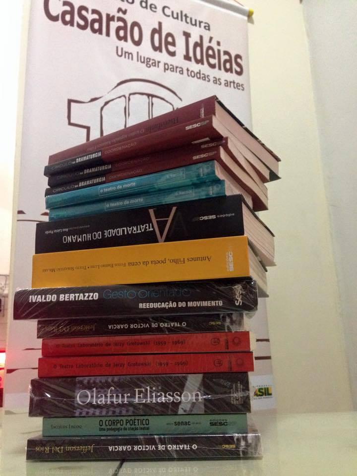 Sesc São Paulo doa livros de artes para o Casarão de Idéias