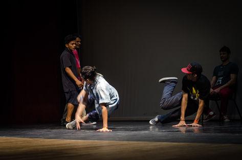 Durante o evento de encerramento da sexta edição, o público presente no Teatro Amazonas pôde vibrar na final das batalhas de b-boys (Bruno Bastos/Freelancer)