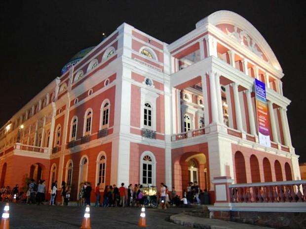 Teatro Amazonas recebe Festival Brasileiro cinco apresentações gratuitas